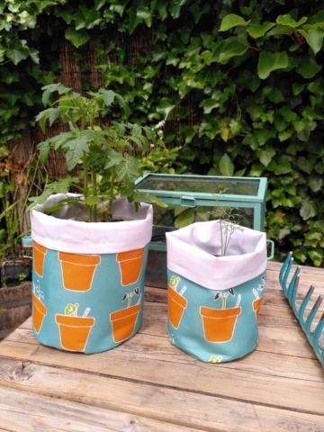 Dessin Bloempotten als outdoor stof